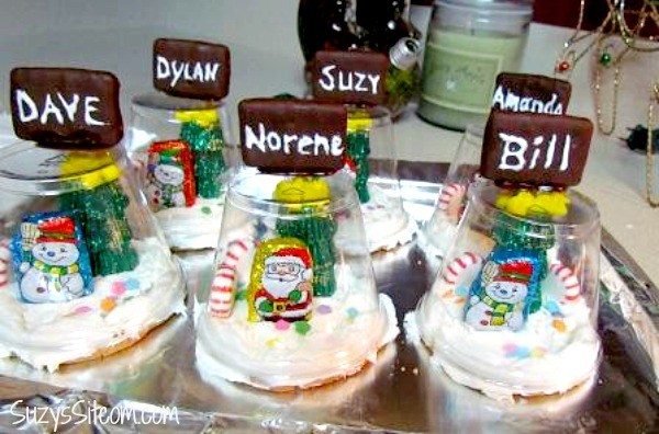 edible snow globe place settings