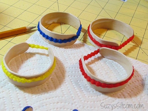 how to make bracelets with popsicle sticks