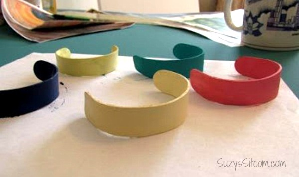 make bracelets from popsicle sticks