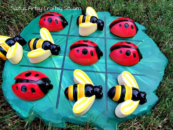 tic tac toe with lady bugs and bees diy plaster craft