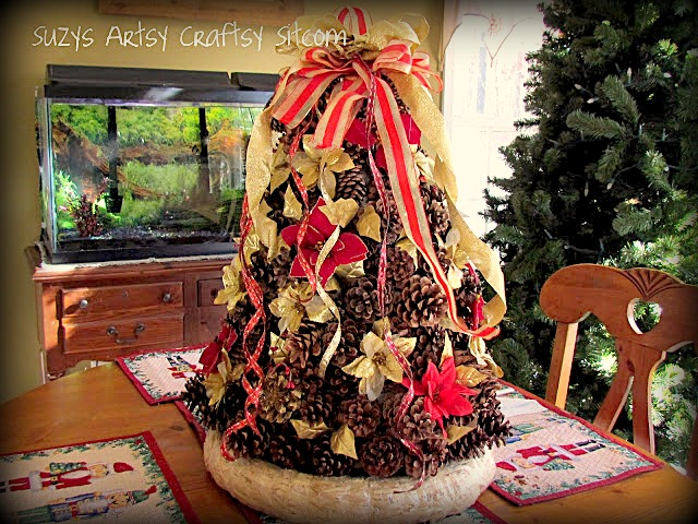 pinecone christmas tree centerpiece - Pine Cone Christmas Tree Decorations