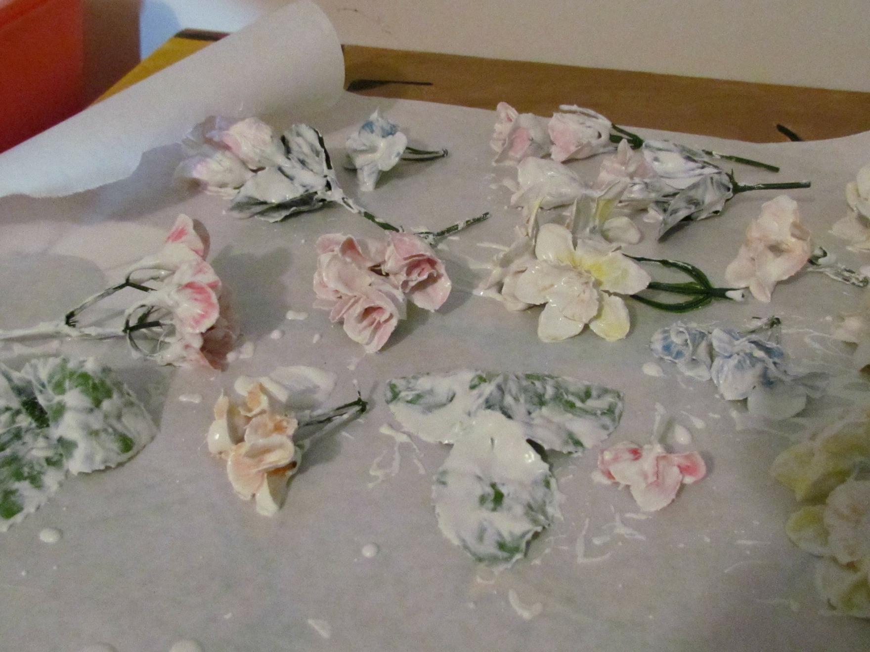 Малопа фото цветов на клумбе