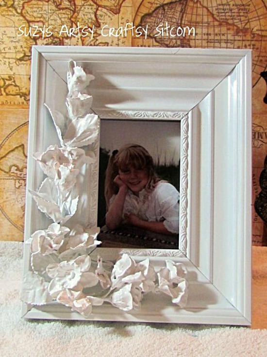 faux porcelain frame diy