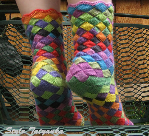 entrelac knitted socks pattern