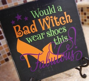 Bad Witch sign/Burton Avenue #Halloween #vinyl #stencil