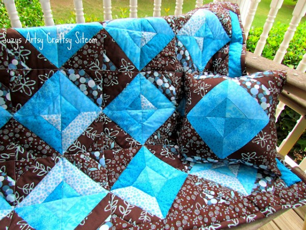 Summer Jewels Quilt and PIllow/Suzys Artsy Craftsy Sitcom #quilting #free pattern