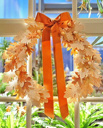Vintage Paper Leaf Wreath #recycled crafts #paper crafts
