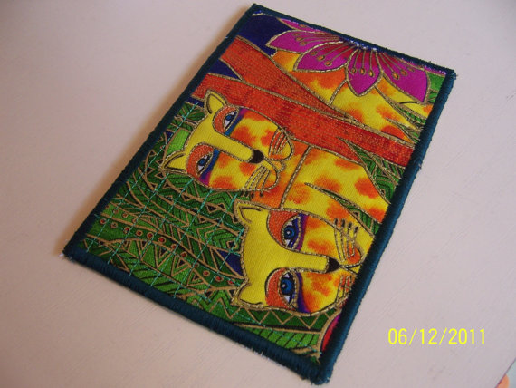 Fabric quilted postcard