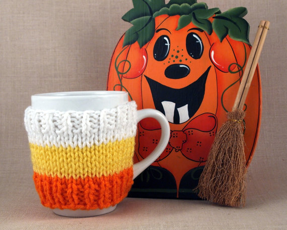 Candy Corn knit mug cozy #Halloween #knitting