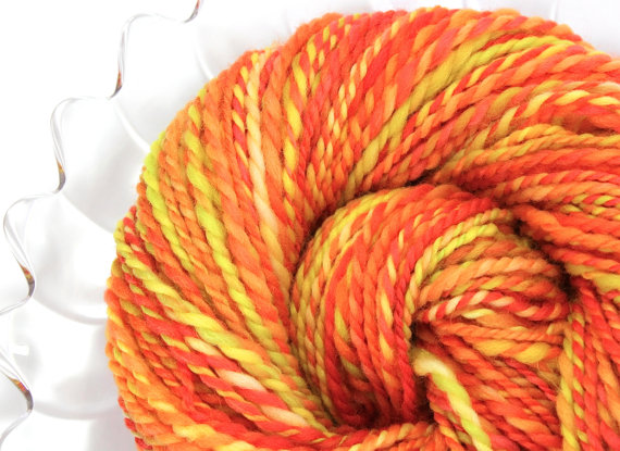 Candy Corn Handspun Yarn #Halloween #spinning