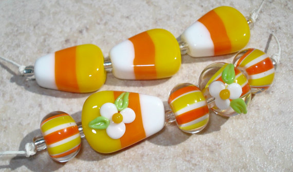 Candy Corn Lampwork beads #Halloween #beading