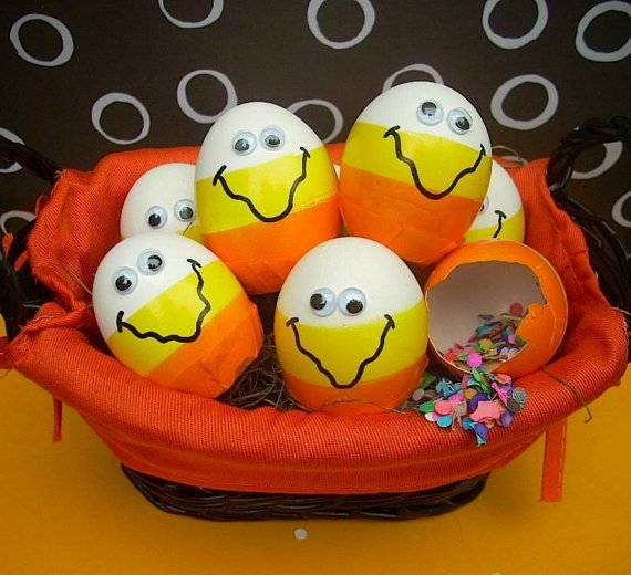 Candy Corn Confetti Eggs #Halloween #Party