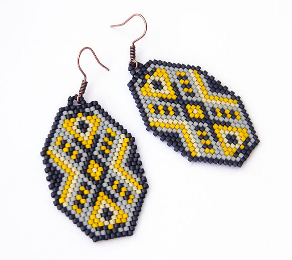 Gray and Yellow Peyote Earrings #etsy #jewelry