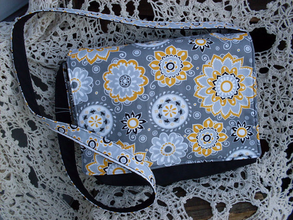 Gray and Yellow Messenger Bag #etsy #purse #floral