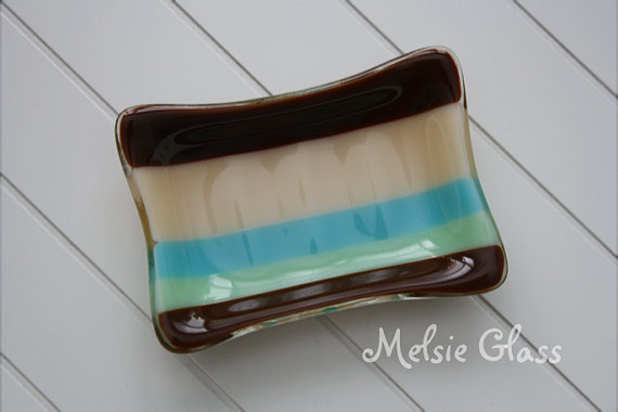 Calm and Cool Glass Soap Dish- Melsie Glass