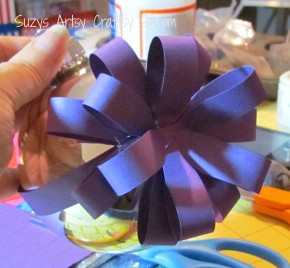 Wrapped Ornaments / Suzys Artsy Craftsy Sitcom #Christmas #paper crafts
