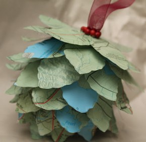 Map Pine cone Ornament from Turtles and Tails #recycled crafts