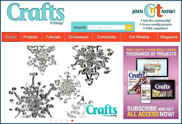 Quilled Aluminum Snowflakes / Suzys Artsy Craftsy Sitcom #recycled crafts @craftsnthings