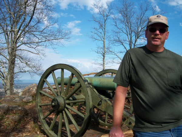hiking new year resolution kennesaw mountain