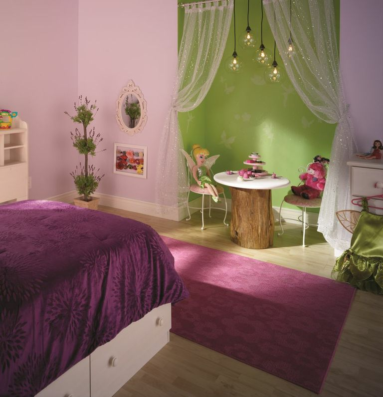 Refresh a room series part 1 revamp with disney paint for Decoration chambre la fee clochette