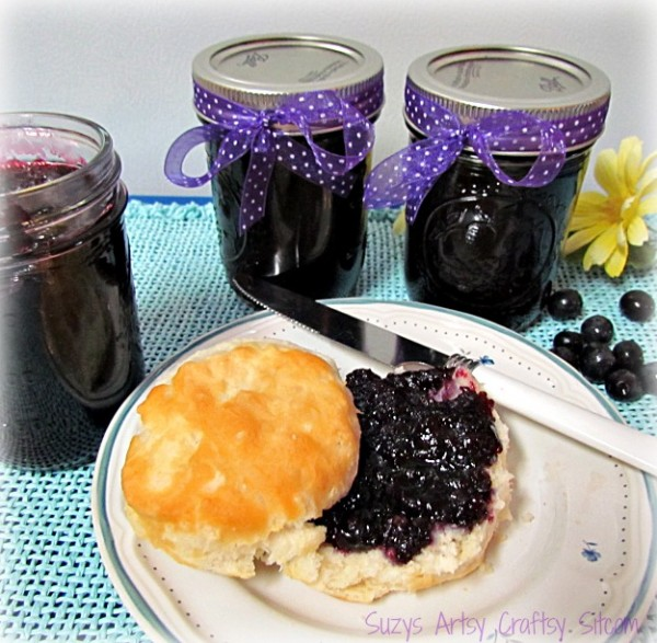 canning homemade blueberry jam