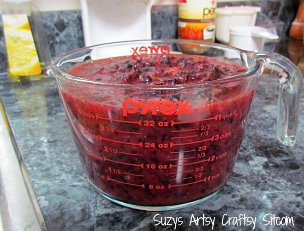 canning homemade blueberry jam