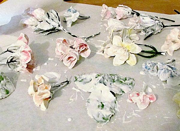 Faux porcelain frame tutorial diy faux porcelain flower frame mightylinksfo