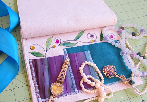 easy diy jewelry travel wrap