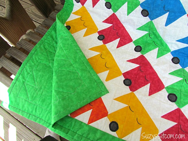sleepy puppies baby quilt