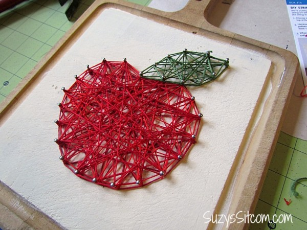 string art apple