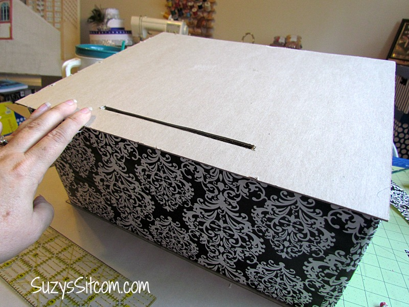 Wedding Decor on a Budget- DIY Card Box