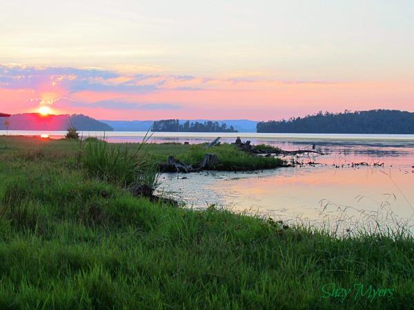 rv sunset on lake guntersville