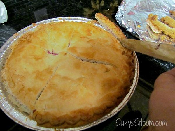 christmas cherry pie-cake