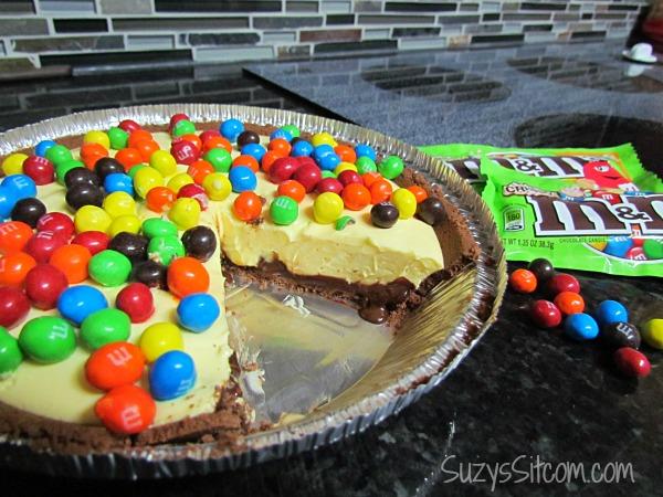 fudge bottom pie and mms