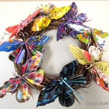 recycled magazine butterfly wreath2