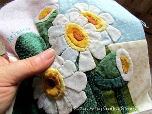 State flower applique quilt and an exciting opportunity to help others!