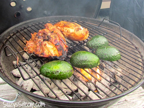mexican grilled chicken and avocados recipe