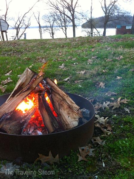 campfire camping