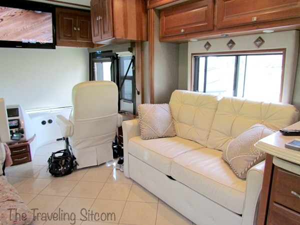 interior-rv-traveling-sitcom