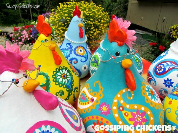 gossiping chickens2