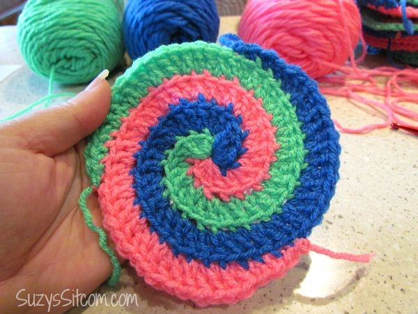 Free Spiral Crochet Pattern and a fun Giveaway!