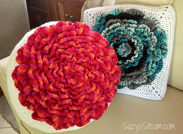 neverending crochet flower pillow pattern