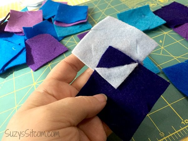 no-sew-interlocked-felt-coasters4