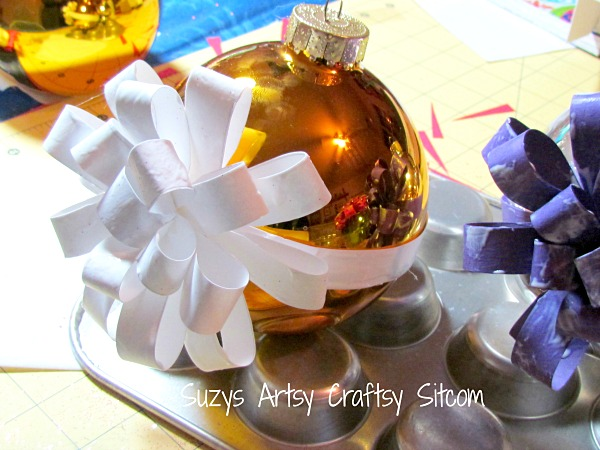 paper-craft-wrapped-ornaments11