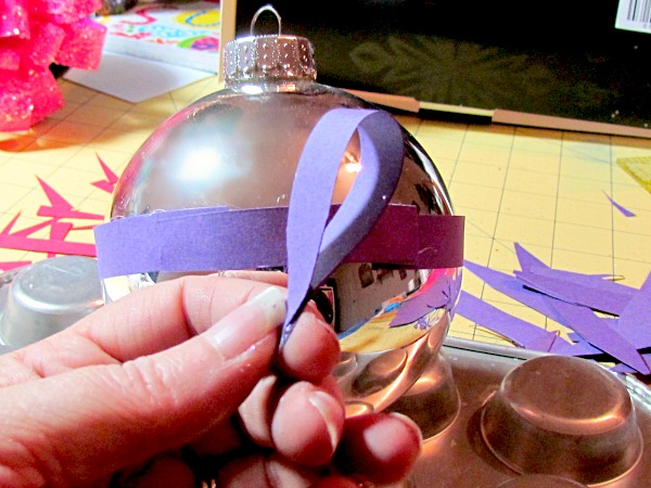 paper-craft-wrapped-ornaments6