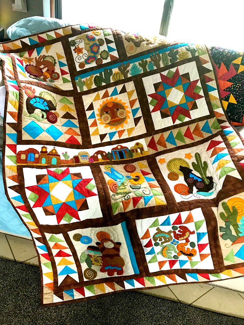 Sonoran Trail applique quilt pattern